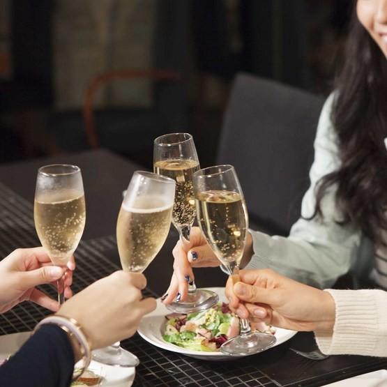 Middag och Champagneprovning för två