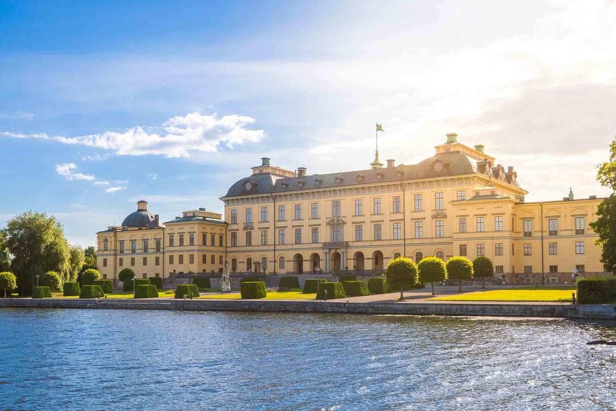 Drottningholms Slottsteater - Båtresa & Teatermeny