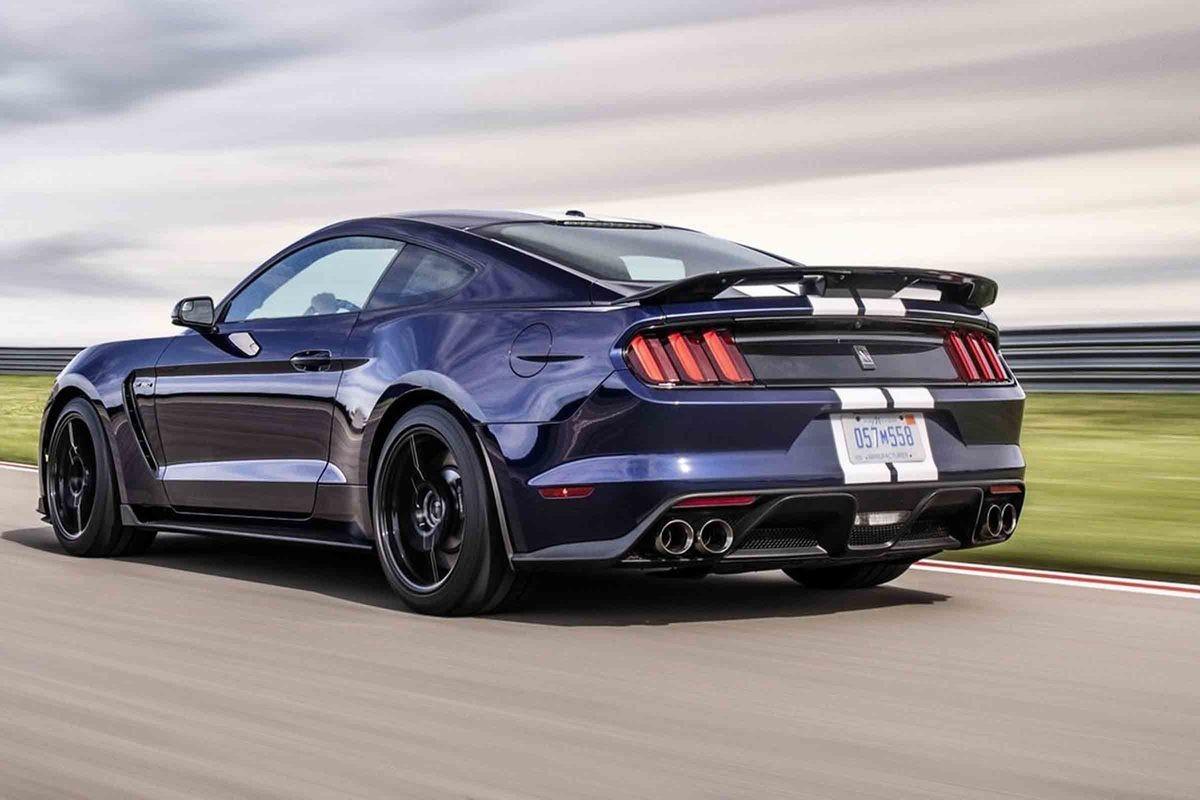 Kör Ford Mustang