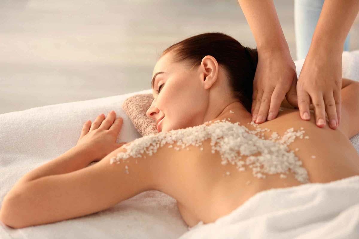 Spa Massage och Kroppspeeling