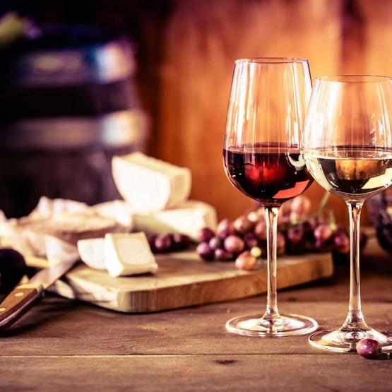 Ost och Vinprovning